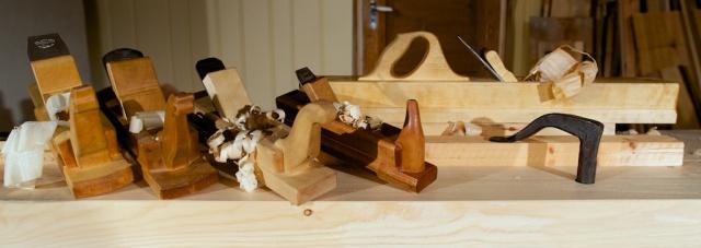 Høvlane til snikkaren på midten av 1800-talet kunne sjå ut som desse. Foto: Roald Renmælmo